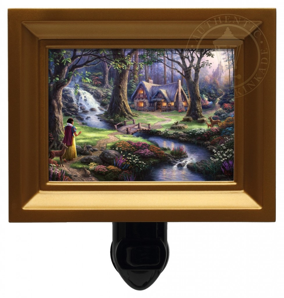 Snow White Discovers the Cottage – Nightlight (Gold Frame)