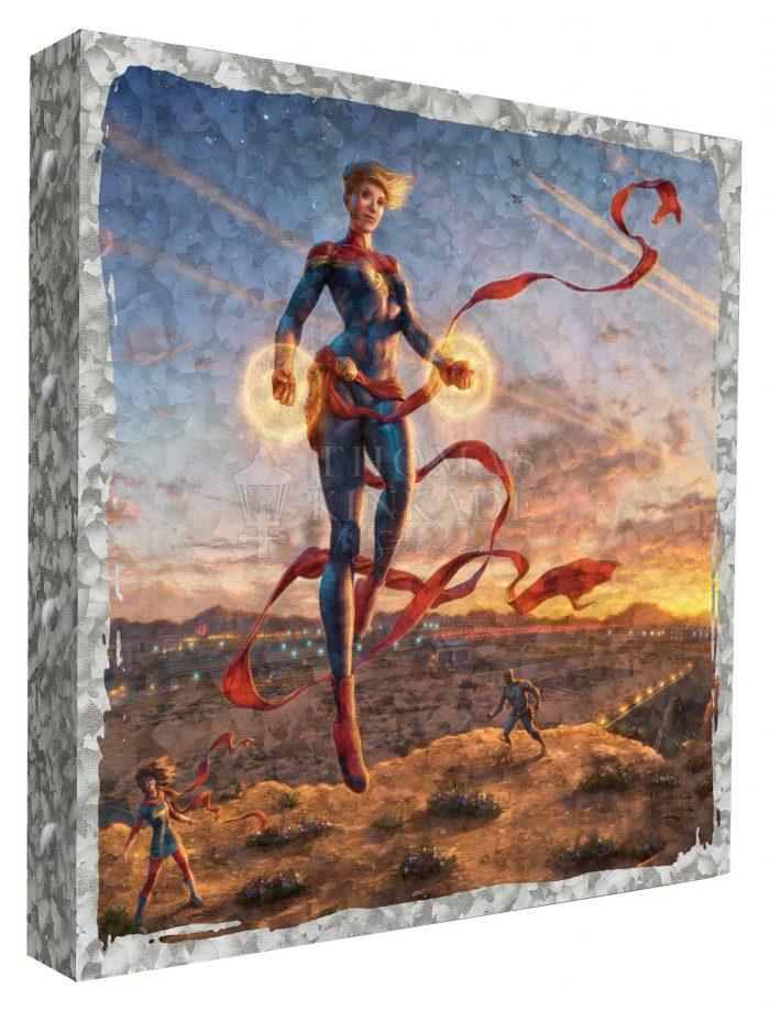 Captain Marvel – Dawn of a New Day – 14″ x 14″ Metal Box Art